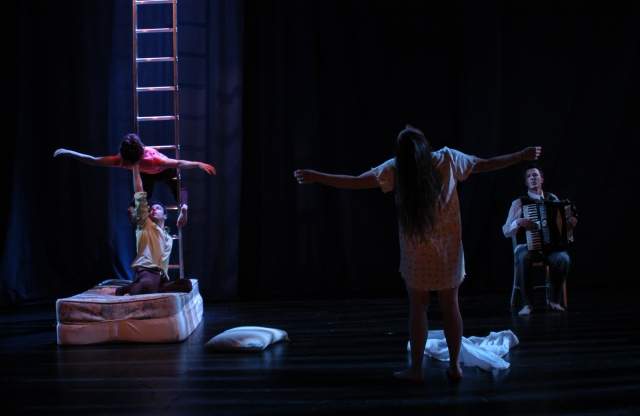 Pig Iron Theatre Company's production of Shut Eye